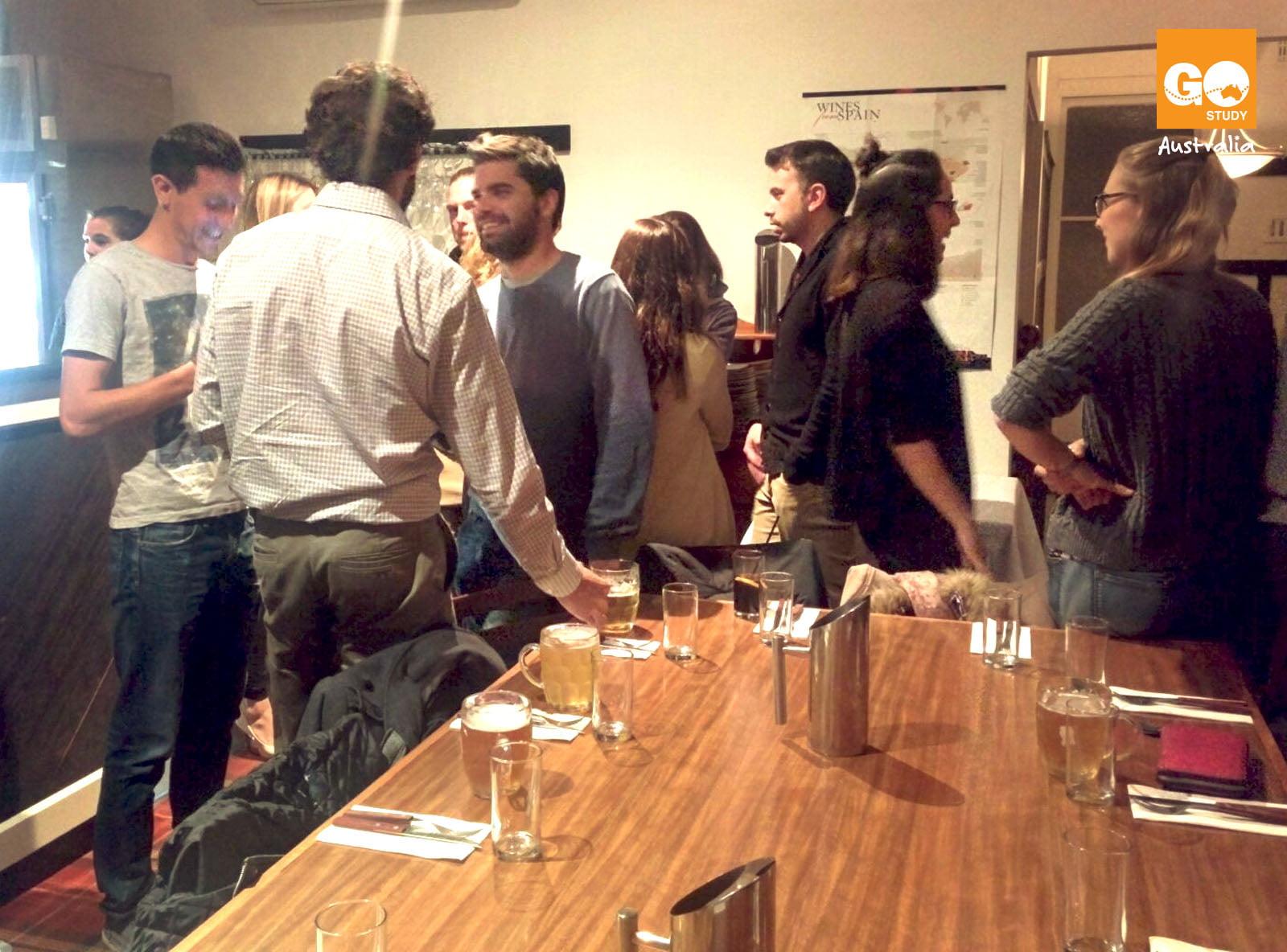 Reunión españoles en Melbourne